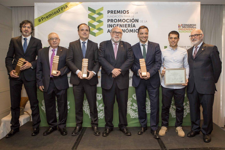 AGRONOMOS-PREMIOS-FOTO-DE-FAMILIA-copia.jpg