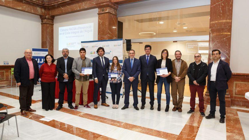 La Cátedra FACSA de la UJI premia las mejores investigaciones aplicadas al ciclo integral del agua