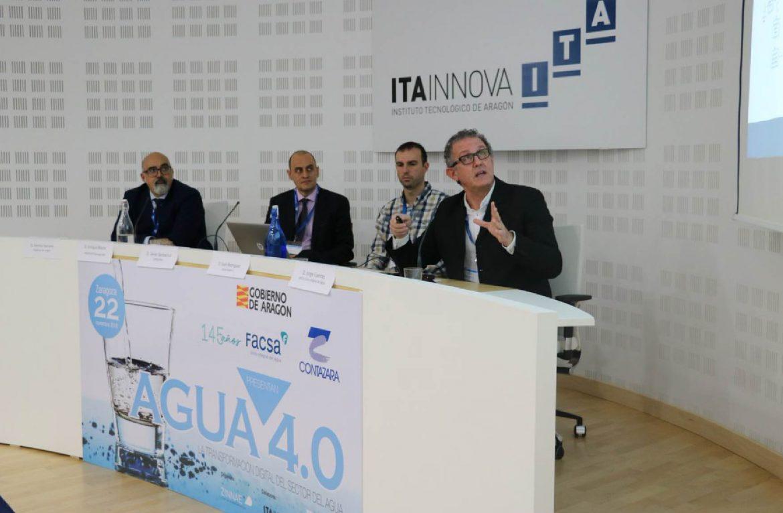 Jorge-Fuente-durante-su-presentación-en-la-III-Jornada-de-Inmersión-Estratégica-de-ZINNAE_WEB-FACSA_Mesa-de-trabajo-1.jpg