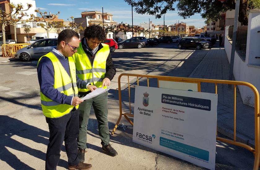 Betxí y FACSA renuevan un nuevo tramo de la red de agua potable de la localidad