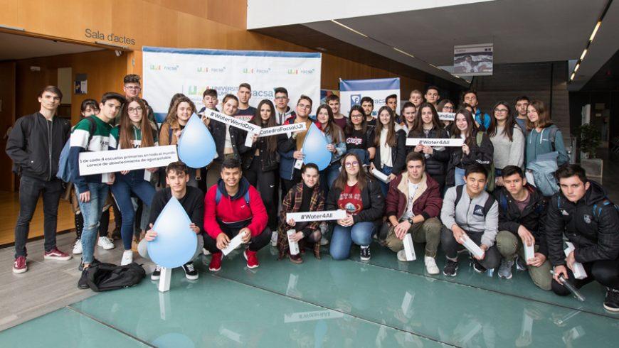 Más de 150 estudiantes de Secundaria conmemoran con FACSA el Día Mundial del Agua en la UJI