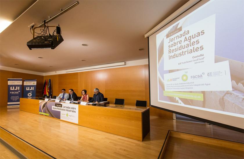 La Cátedra FACSA-UJI coorganiza la I Jornada sobre Aguas Residuales Industriales celebrada en Castelló
