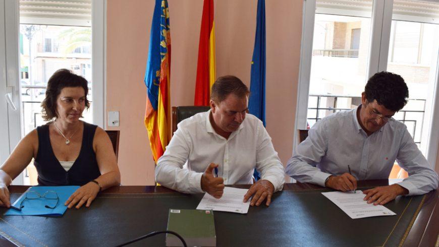 El Ayuntamiento de La Llosa y FACSA aúnan esfuerzos para combatir la pobreza energética