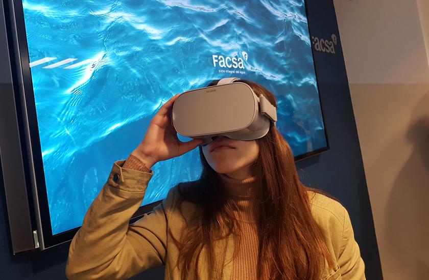 FACSA-Presentacion-Conectatealagua-Gafas-RealidadVirtual.jpg