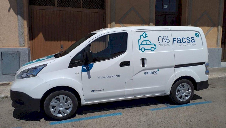 Vinaròs y FACSA apuestan por la movilidad sostenible en el servicio de abastecimiento de agua potable